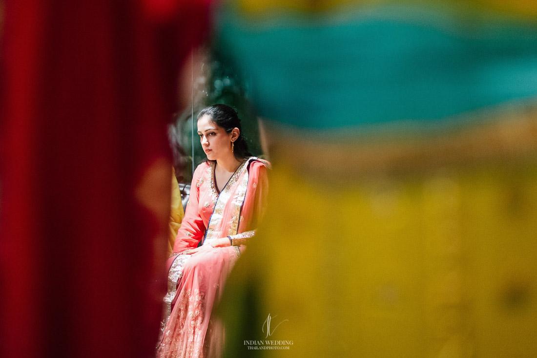 Indus Bangkok - Henna Party  Indian Wedding Bangkok - Bikram and Sukhmani